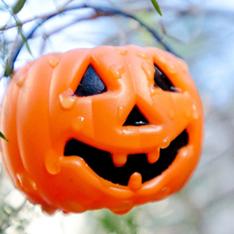 お役立ちコラム:ハロウィンパーティーは風船で装飾しよう!