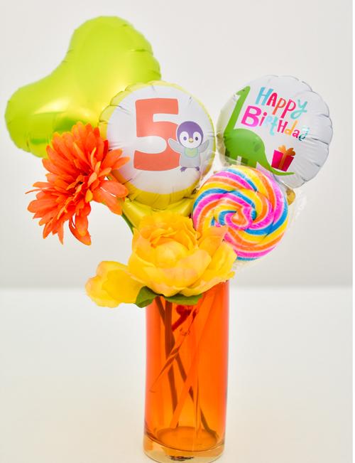 バルーン×花瓶 可愛いフラワーアレンジ